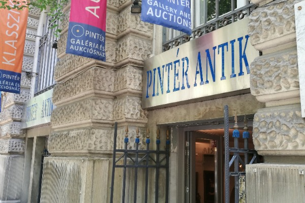 Pintér Gallery and Auction House